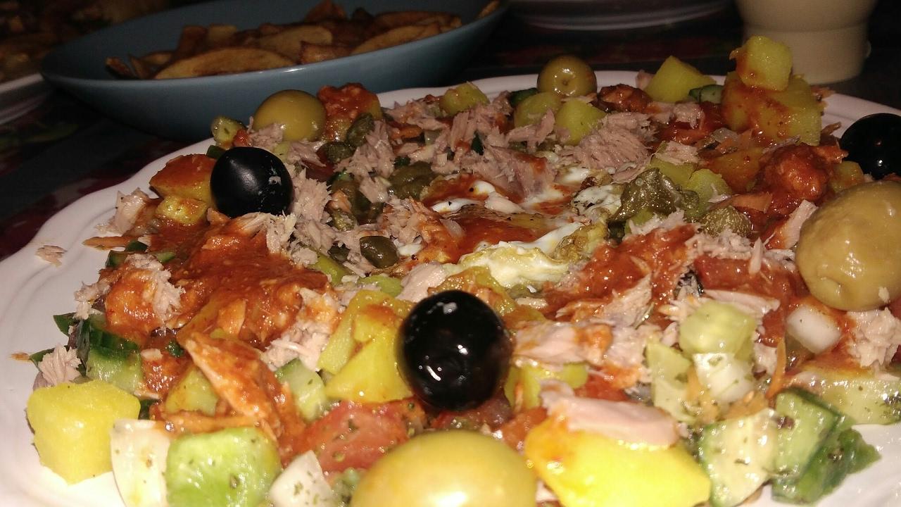 Cuisineolfa plat tunisien youtube for Cuisine olfa