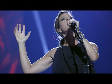 "Sarah McLachlan ""World on Fire"" - Live at the 2017 JUNO Awards"