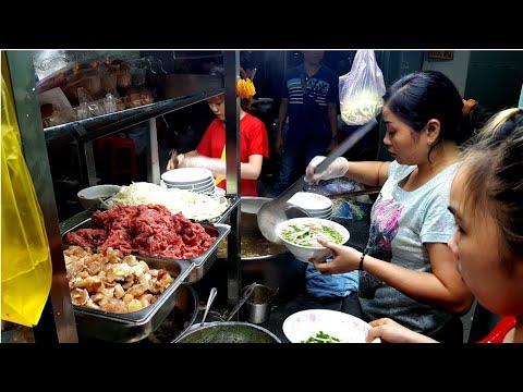 Quán Phở Bán Thâu đêm Suốt Sáng ở Sài Gòn Hơn 20 Năm | Saigon Travel Guide