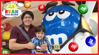 Giant M&M Candy in Toy Store Family Fun for Kids