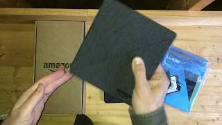 Review of an Amazon Kindle Oasis 2nd Second Generation E-reader with Water-Safe Fabric Cover