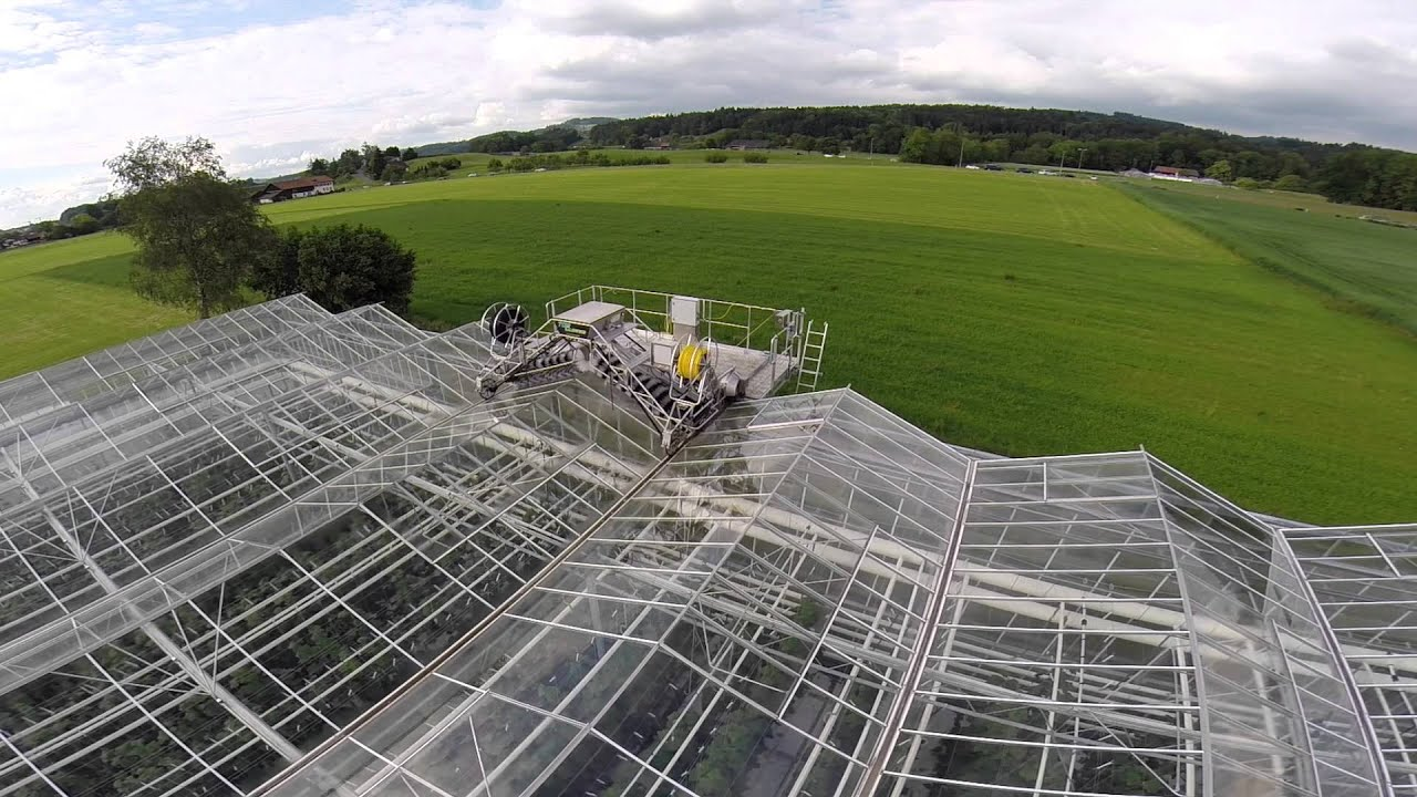 Greenhouse Roof Cleaner For Venlo Greenhouses Youtube