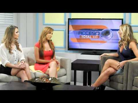 Interview with Sissi in the Telemundo 52 Show Acceso Total