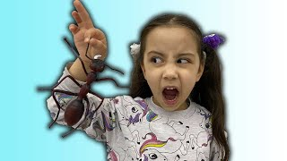 Toy story from Saliha and Hafsa spider (for children)