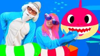 Акулёнок Малыш или Baby Shark на русском Детские песни про Животных от Alex and Nastya