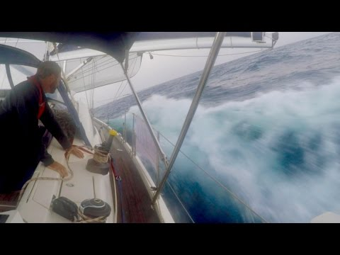 Atlantic Crossing Pt1 - We Broke the Genoa