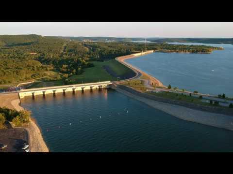 DJI Spark 60 FPS - Table Rock Lake & Dam, Branson, MO