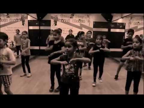 Naach Meri Jaan | ABCD 2 | Kids Dance | Dance Steps By Step2Step Dance Studio