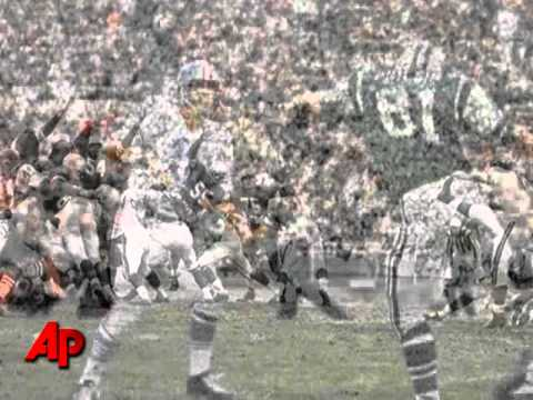 Raiders Hall of Fame QB George Blanda Dies at 83