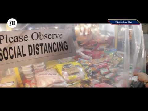 Social Distancing At Las Piñas Market