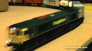 Bachmann 32 975 Class 66 Diesel Locomotive, 66952 Freightliner OO Gauge Review HD