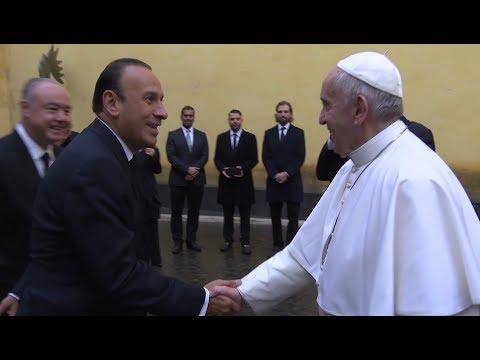 México regala a Francisco el papamóvil que utilizó durante su viaje de febrero de 2016