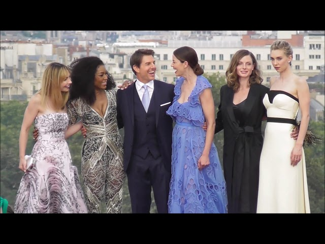 VIDEO Full cast at the World Premiere of Mission Impossible Fallout / Paris 12 july 2018