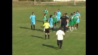 Бой на селски мач / кадрите са предоставени на сайта www.brato.bg от телевизия ЕТА-РАВА