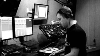 Hatcha / Crazy D / GOTH TRAD  Kiss FM 31.08.2011