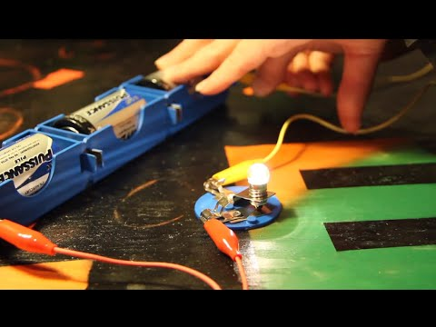 Simple Circuit Games - Electrified Lava and Tabletop Buzzer Game
