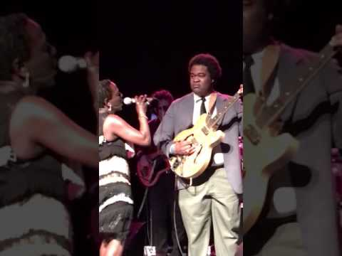 Sharon Jones invites Jimmy James to play guitar