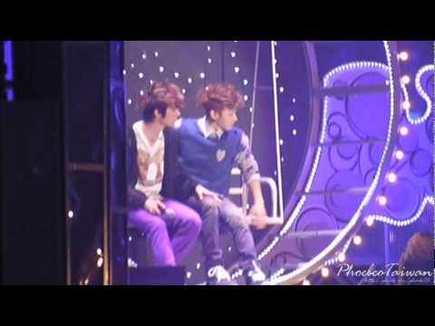 [120204]Dongwoon & Gikwang Sweet Moment in Beautiful Show