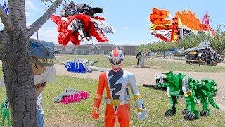 ママにおもちゃ隠された!悪い恐竜からリュウソウジャーを取り戻せ!公園 寸劇 ごっこ ロボットチャンネル for kids