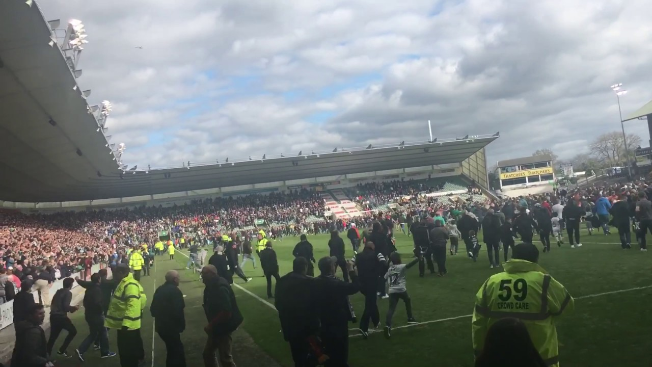 Plymouth vs Newport (6-1) ARGYLE ARE PROMOTED! - YouTube