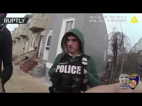 US police officers allegedly 'plant drugs' – bodycam footage