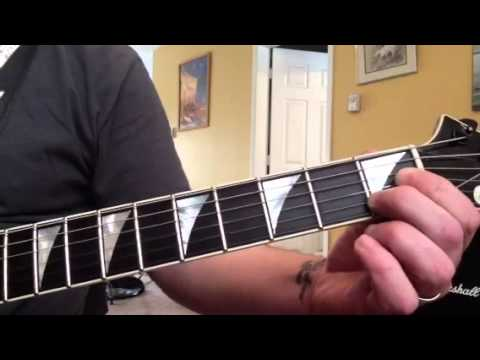 How to play fallen leaves by Billy Talent on the guitar part 1 intro