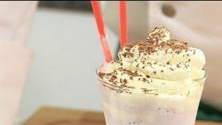 Молочный коктейль с клюквой