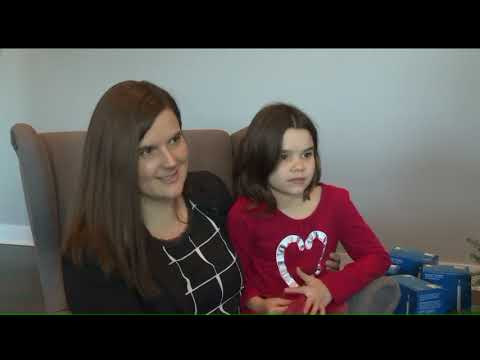 180125487 Little Girl Collects Tampons For Christmas