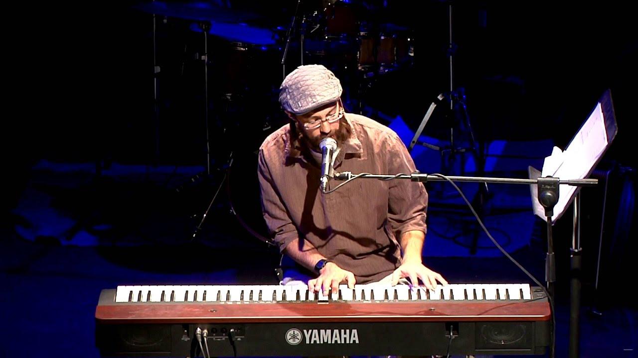 אביחי פז גרינוולד - מופע ההשקה החגיגי! clip avichai paz live HD
