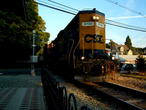 CSX Local through Maywood, N.J.: