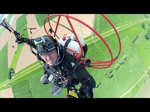 Hyperlaps Paramotoring August 2015 - Fresh Breeze Solo 122 - YouTube