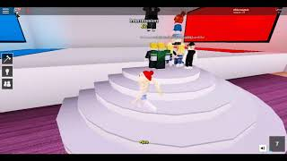 ROBLOX GAMEPLAY (pick a side) with Oxy!