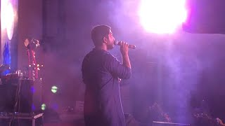 Vineeth sreenivasan (aayiram kannumai song) Stage Show