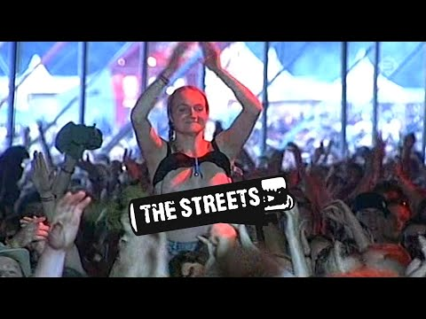 The Streets - Fit But You Know It [Live at Lowlands 2006]