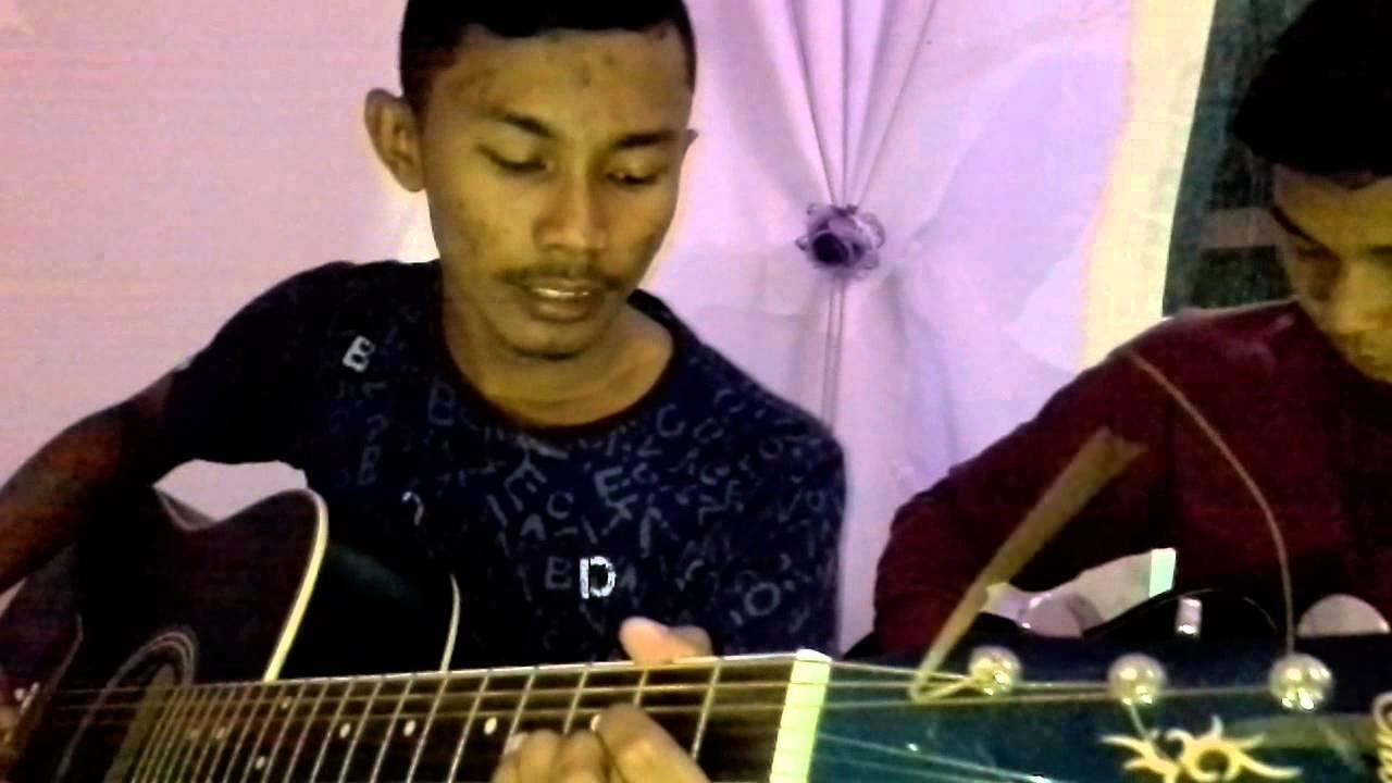 REDHA TANPAMU - Kamey Bandz Chords - Chordify