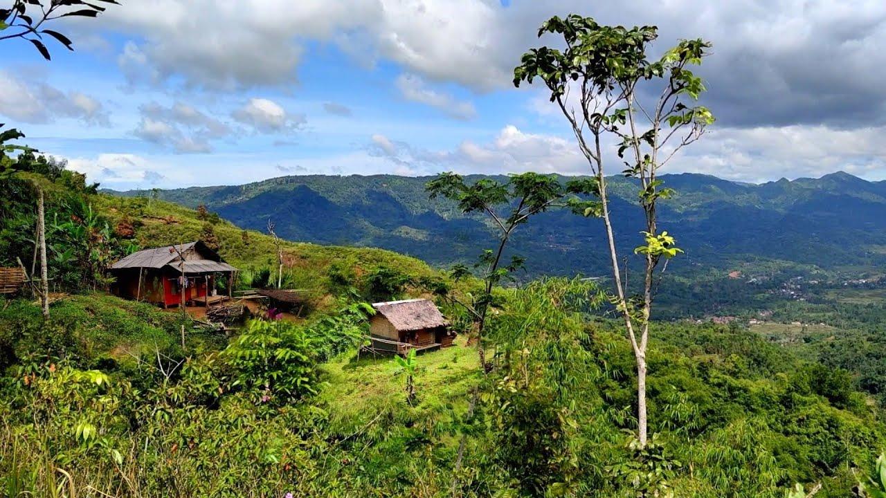 Dua Rumah Di Atas Bukit Terpencil Di Perbatasan Jauh Ke Kampung Lain || Marungkut Singajaya Garut