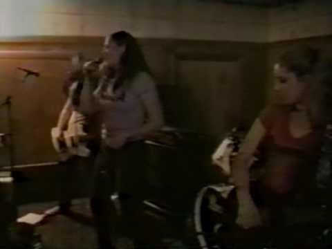 The Donnas - Live Fireside Bowl, Chicago IL 1998