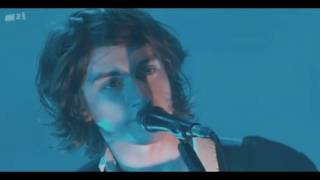 Arctic Monkeys - I Bet You Look Good on the Dancefloor - Live @ Royal Albert Hall, 27/03/2010 [HD]