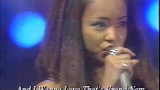 LA LA LA Love Song (久保田利伸) covered by 安室奈美恵 with 中野英雄...