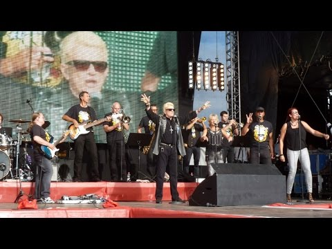 Haus am See -Heino (Peter Fox Cover) (REWE Happy Family Fest) Berlin 9.8.2014