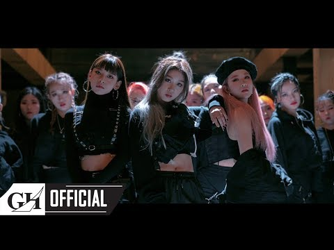 3YE - 'OOMM (Out Of My Mind)' MV
