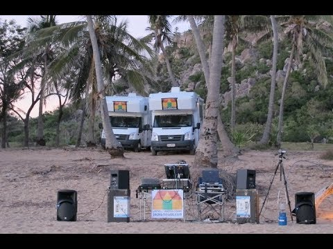 Radical Bay, Magnetic Island - #deep #beats #mix #dawnbreak #realtime