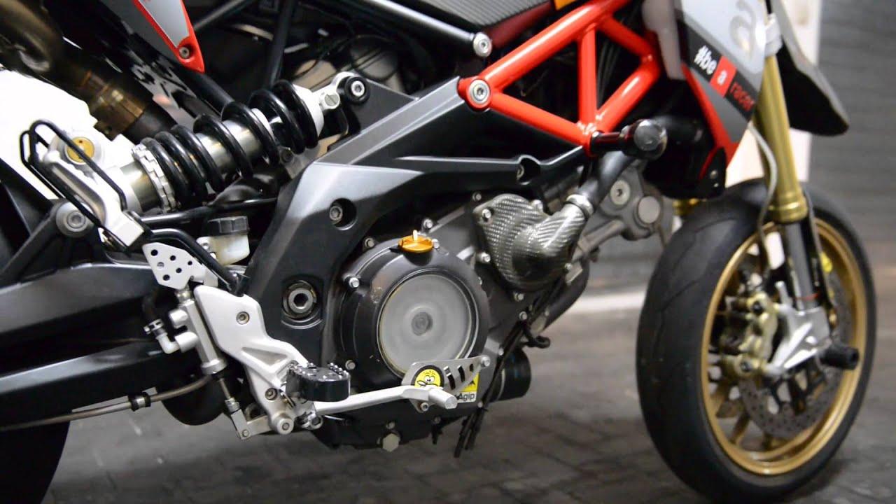 aprilia dorsoduro 750 factory replica rsv4 rr 2015 review sound akrapovic youtube