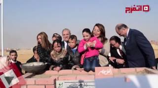 اتفرج| داليا البحيري «سعيدة» لمشاركتها بحفل مستشفى «أهل مصر»