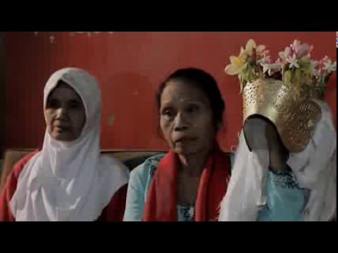 Suku Osing Banyuwangi - DKV UPN