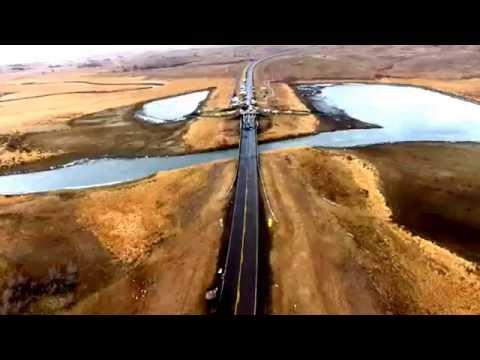 Dakota pipeline protesters build bridge in battle for Turtle Island (VIDEO)