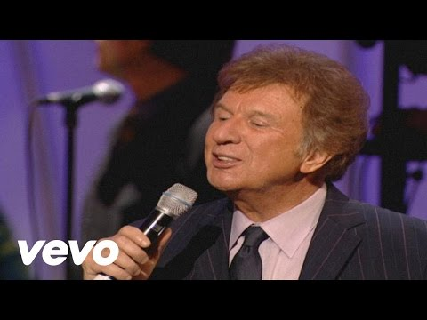 Gaither Vocal Band - Because He Lives [Live]