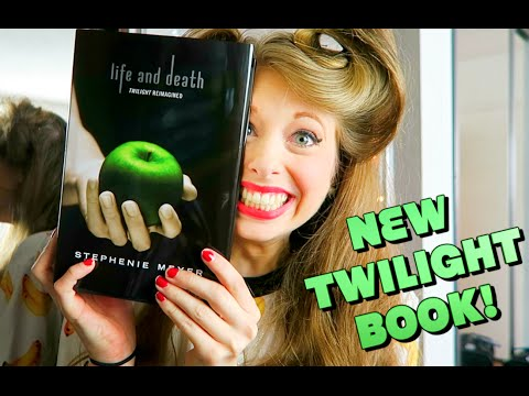 THERE'S A NEW TWILIGHT BOOK!!!!