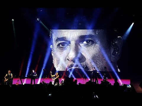 Depeche mode personal jesus live in budapest 22 05 2017 - Depeche mode in your room live 2017 ...