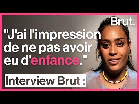 Youtube: 4 moments qui ont changé la vie d'Amel Bent